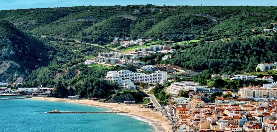 How to get from Lisbon to Sesimbra