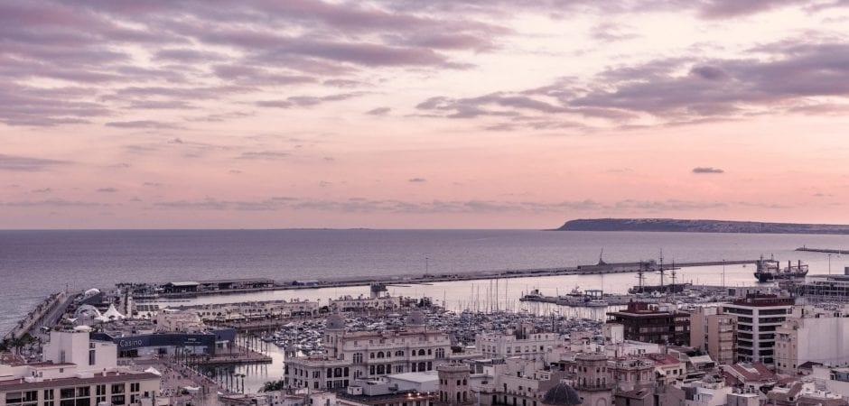visit Alicante in December