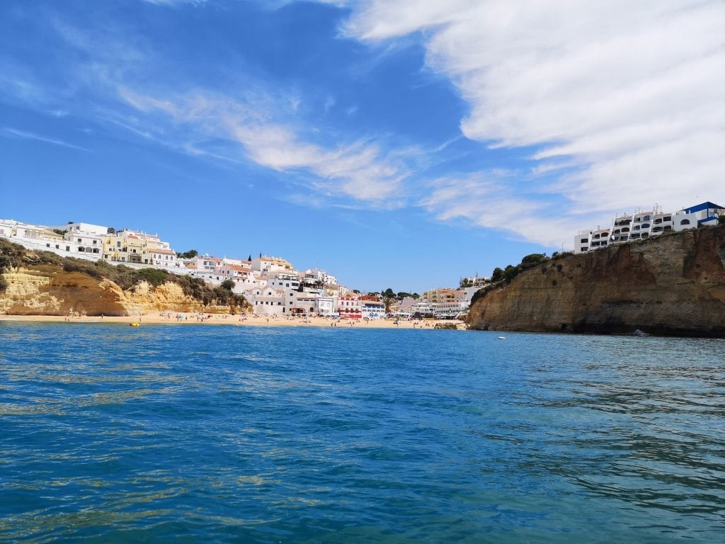 From Carvoeiro, for example, we have hourly departures to Benagil, all year round!