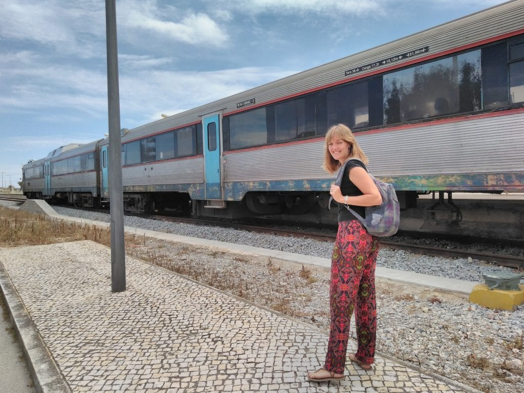 Personally, we really like to discover the Algarve by train