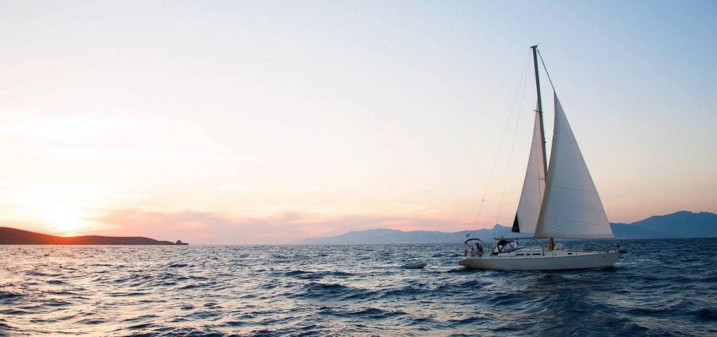 If you like sailing, take this catamaran!