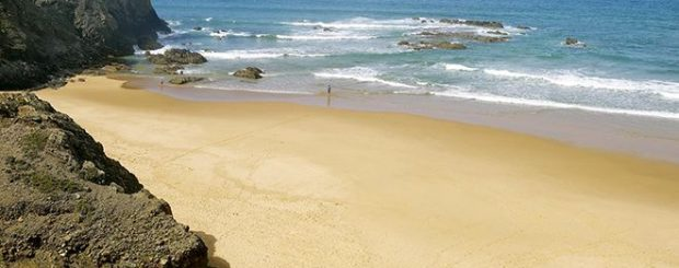 COVID-19 measures for the beaches in Portugal