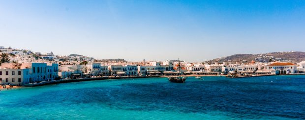 Activities to Do While Island Hopping in Greece