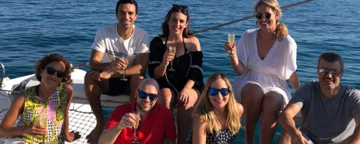 Alicante boat tour with live music