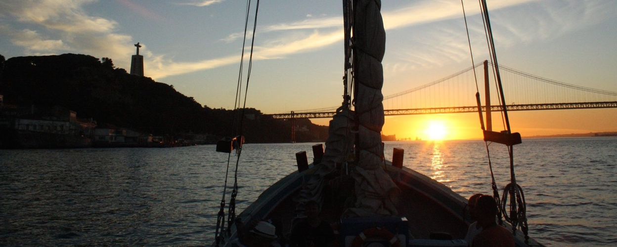 Cover for Sunset cruise in Lisbon