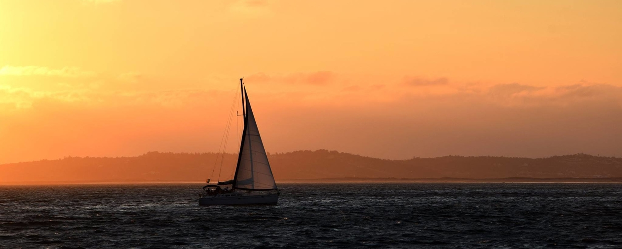 Cover for Sunset sailing trip in Portimão