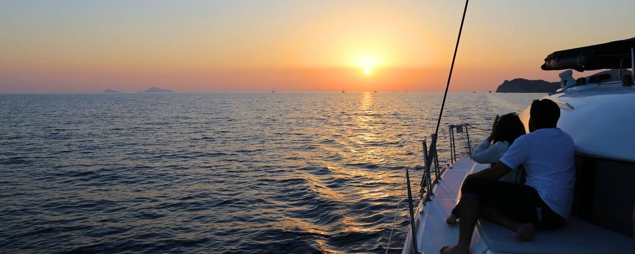 Sunset tour in Santorini cover