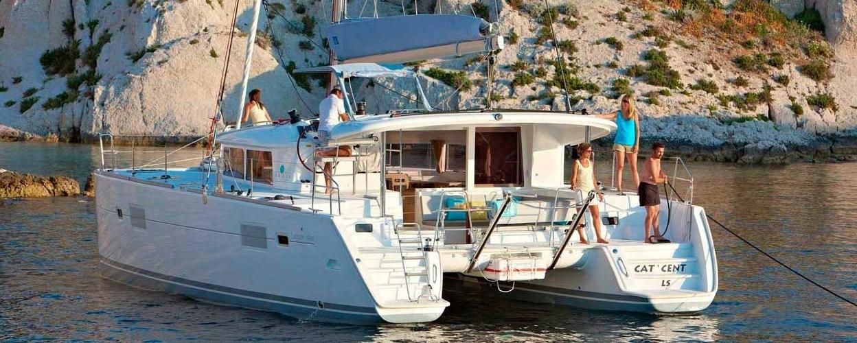 Cover for private catamaran in Fuerteventura