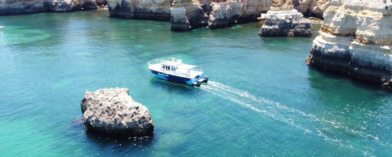 private boat tour in Lagos