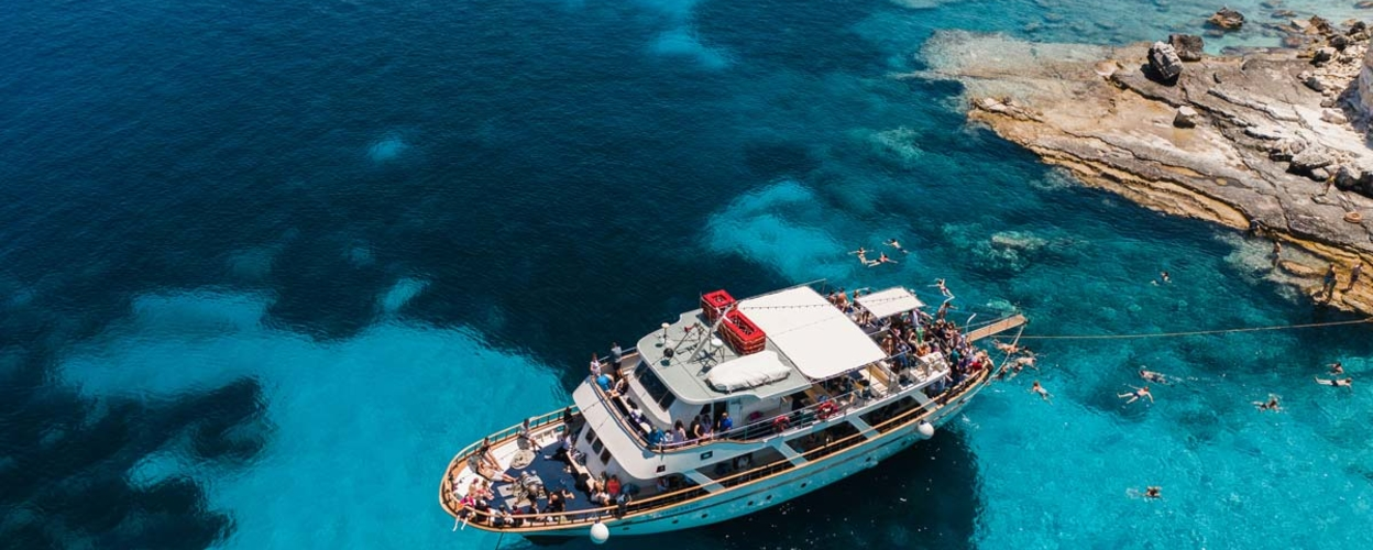 Full-day cruise to Paxos and Antipaxos from Lefkimmi
