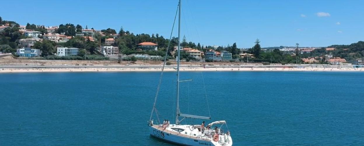 Lisbon boat trip to the beach