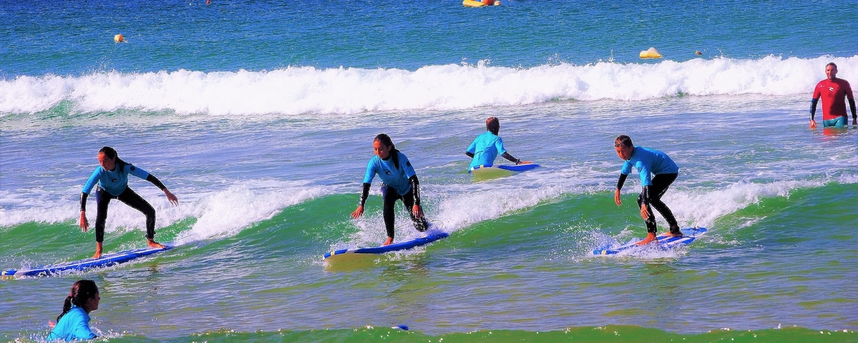 Half day surfing in Albufeira Cover