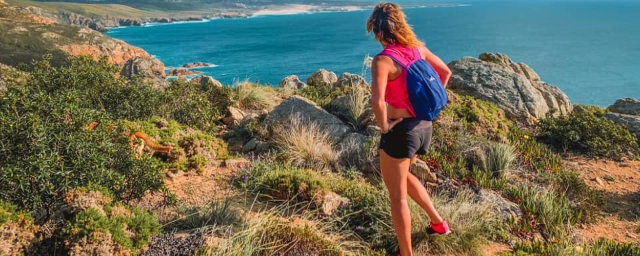 Climbing in the sea and night hike in Sintra