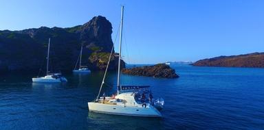 Boat trip Santorini Cover