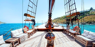 Come on board of the Mykonos Cruise