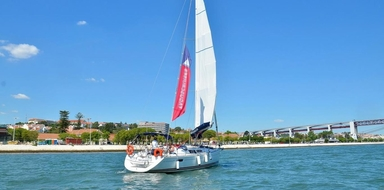 Private sailing boat in Lisbon (up to 12 pax)