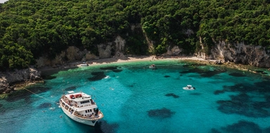 Full-day cruise to Blue Lagoon and Syvota from Lefkimmi