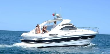 Pershing SW Algarve Boat festival 1