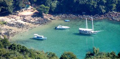 Boat trip Paraty
