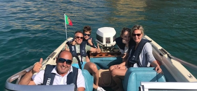 Join 5 friends and have the boat for your own with a skipper