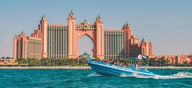 Private boat tour in Dubai