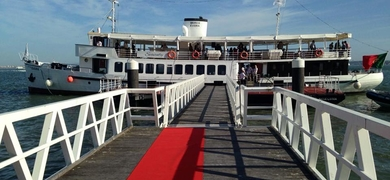 Sightseeing cruise in Lisbon