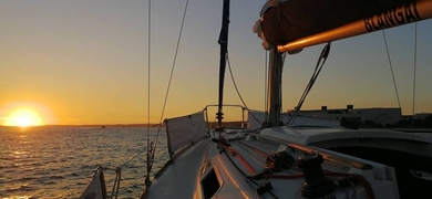 Private sunset tour in Lisbon (up to 6)