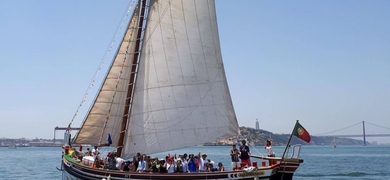 Discover Lisbon by boat