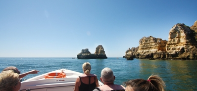 Cover for Boat trip to Ponta da Piedade