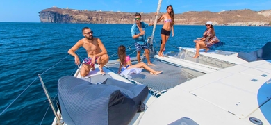 Have fun with your friends of family on board of our sail boat