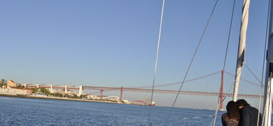 sailing tour in Lisbon for two