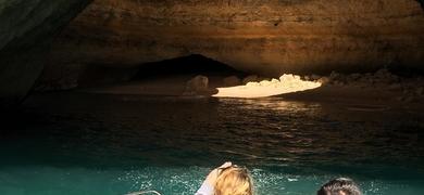 cave tour from Portimão