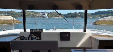 yacht hire in Lisbon