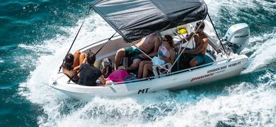Shaded boat Sesimbra