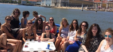 birthday boat tour in Lisbon