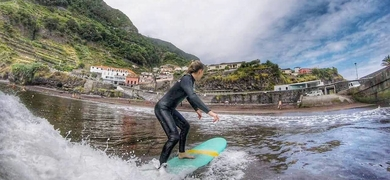 Surf lesson in Madeira