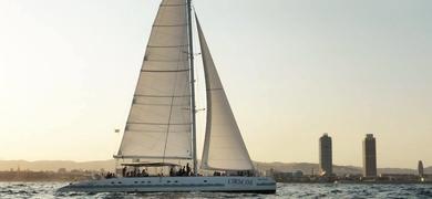 Catamaran boat tour Barcelona