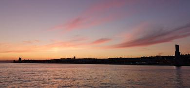 Sunset catamaran tour in Lisbon