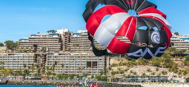 Gran Canaria parasailing experience