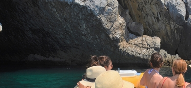 Boat trip from Sesimbra to Cabo Espichel