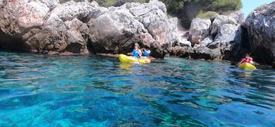 La Herradura kayaking