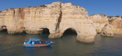 Cave tours in Albufeira