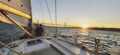 Private sunset sail in Lisbon