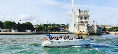 Private Lisbon city sightseeing cruise