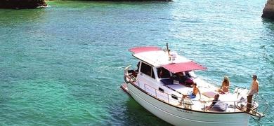 Come on board the classic boat in Portimão