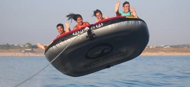 "Fun watersports in Armação de Pêra - ""crazy sofa"""
