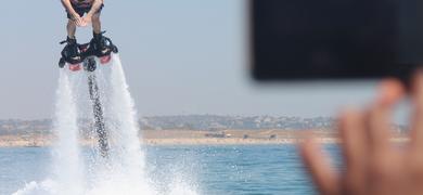 Flyboarding in Armação