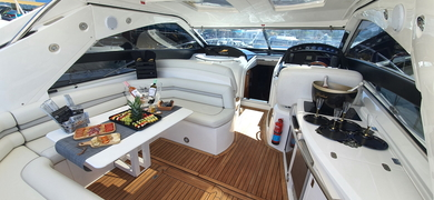 The spacious inside area of your yacht in Albufeira