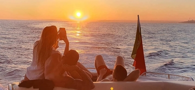 Private sunset yacht cruise in Albufeira