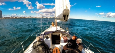 Vermouth sailing experience in Barcelona